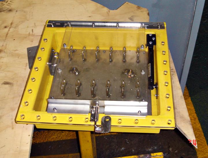 lock-boxes-004
